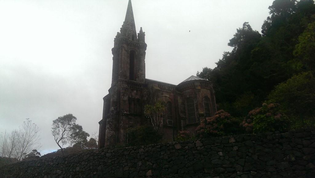 Biserica veche Furnas